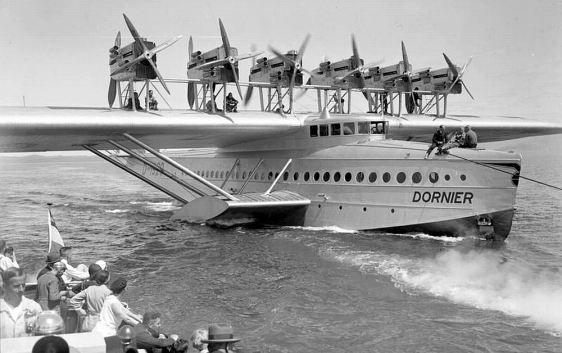 O navio voador que pousou em Camocim.