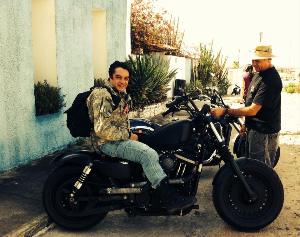 Customização de motos: Uma 883 da pesada!