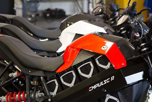 Polaris adquire a Brammo, fabricante de motos elétricas, para concorrer com Harley-Davidson.